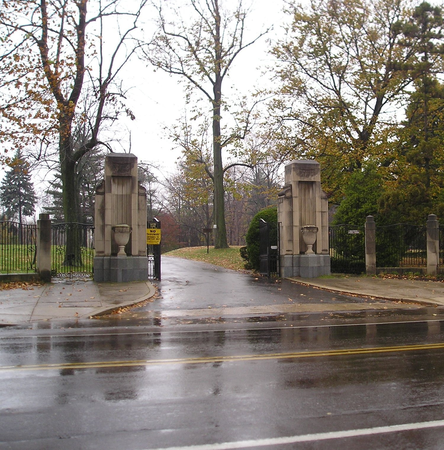Lawnview Cemetery